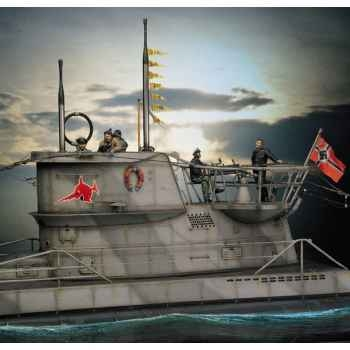 Figurine - Kit à peindre U-Boat VII C  Loup des mers - S5-S9