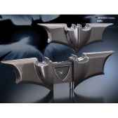 horloge pliante symbole batman noble collection nn4595