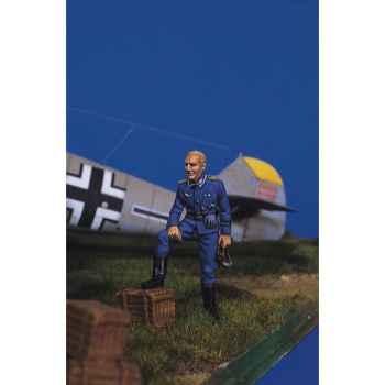 Figurine - Kit à peindre Pilote allemand au repos I - SW-05