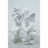 fee et ange polystyrene sur banc finition paillettes kaemingk 533956