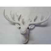 fig a susp tete de renne 33cm blanc peha tr 34285