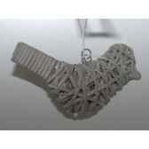 fig a susp oiseau 16cm gris brindille peha tr 25265