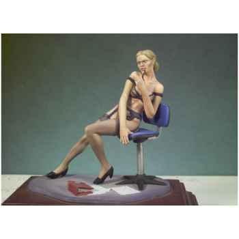 Figurine - Bricoleuse - G-028