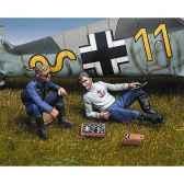 figurine pilotes allemands jouant aux echecs sw 10