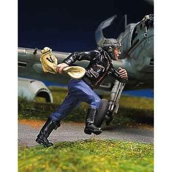 Figurine - Pilote allemand en train de courir II - SW-08