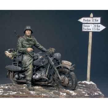 Figurine - El Descanso- Frente Oriental en 1942 - S8-S04