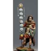 figurine signifer ier siecle ap j c s8 f39