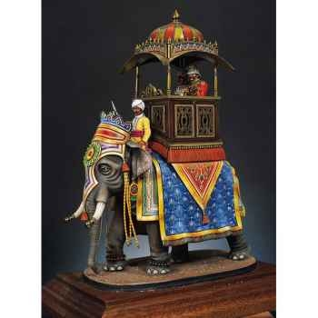 Figurine - Le joyau de la couronne en 1880-1890 - SG-F020