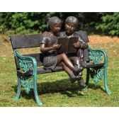 2 enfants sur banc b749