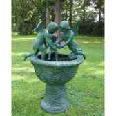 fontaine avec 3 anges b853