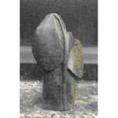 sculpture ange en bois flotte et pierre terre sauvage agdwst