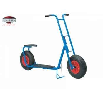 Kart à pédales grande trottinette bleu berg toys -25.20.40