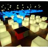 lampe design design sur piquet fiaccola cubo rouge lampe ip55 sd fcc151