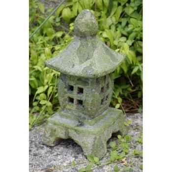 Old terra lantern( sujet lanterne en terre cuite moussée) Intermas 180721