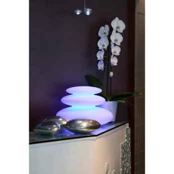 Zen : une lampe à led sans fil pour la piscine Smart And Green