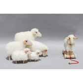 petit agneau laine a trainer 23 cm meier 40607