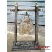 cloche en plate bronze sur portique en bois de tek artisanat thai tai0811