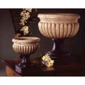 vases modele bath urn surface pierres romaine combines au fer bs3094ros iro