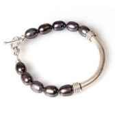 bracelet saheperles noires les joyaux de la couronne