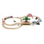 circuit plateforme voyageurs jouet brio 33512000