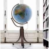 globe prestige emily modele commodore globe geographique lumineux boule bleue cartographie double effet physique eteint