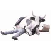 cow parade buenos aires 2006 artiste gerardo feldstein ni mu sitting on man 47811
