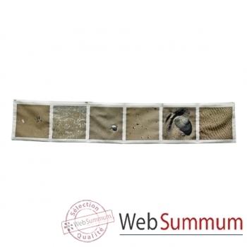 """Maron Bouillie-Sur le passage-Vide-poches horizontal, illustration """"Sable""""."""