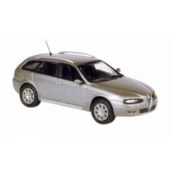 Alfa romeo crosswagon q4 gris Norev 790202