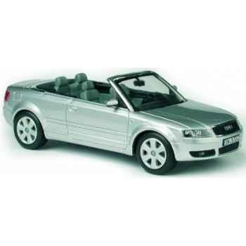 Audi a4 cabriolet lichtsilber Norev 830000