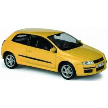 Fiat stilo jaune gen Norev 771010