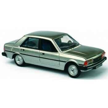Peugeot 305 gris métal Norev 473504