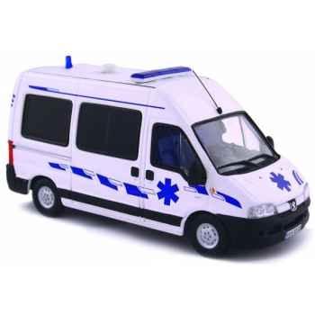 Peugeot boxer ambulance Norev 479006