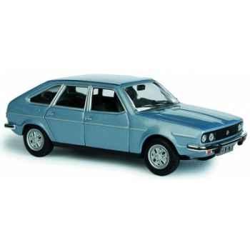 Renault 30 bleu m?tal Norev 513003