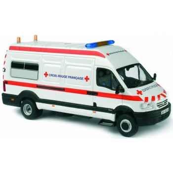 Renault mascott croix rouge Norev 518421
