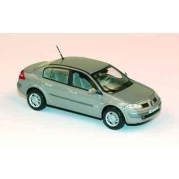 Renault mégane berline 4 portes beige Norev 517630