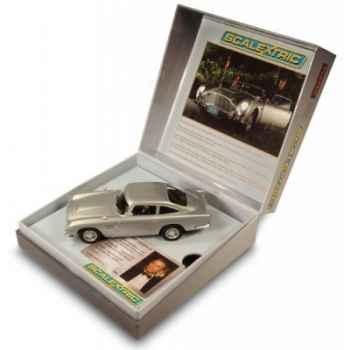 Aston martin db5 - james bond - casino royale édition limitéé* Scalextric SCA3162A