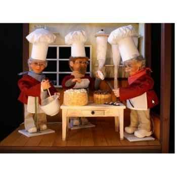 Automate - pâtissier coupant un gâteau Automate Décoration Noël 191