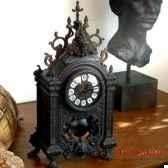 horloge a balancier objet de curiosite dl037