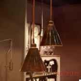 suspension en cuivre martele objet de curiosite lu063