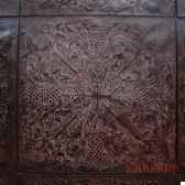 plaque murale noire objet de curiosite ta050