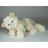 peluche couchee chat beige 35 cm piutre 2440