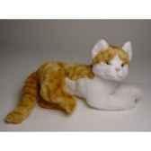 peluche allongee chat roux et blanc 30 cm piutre 2340
