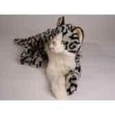 peluche allongee chat tachete 40 cm piutre 2336