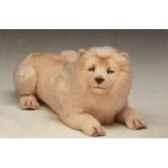 peluche allongee lion blanc 85 cm piutre 2523