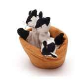 marionnette tissus chatons dans un panier 5711