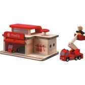 caserne de pompiers en bois plan toys 6084