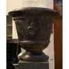 Pot classique fleur de lys noire moyen V-CL-ME-F.de Lys-N